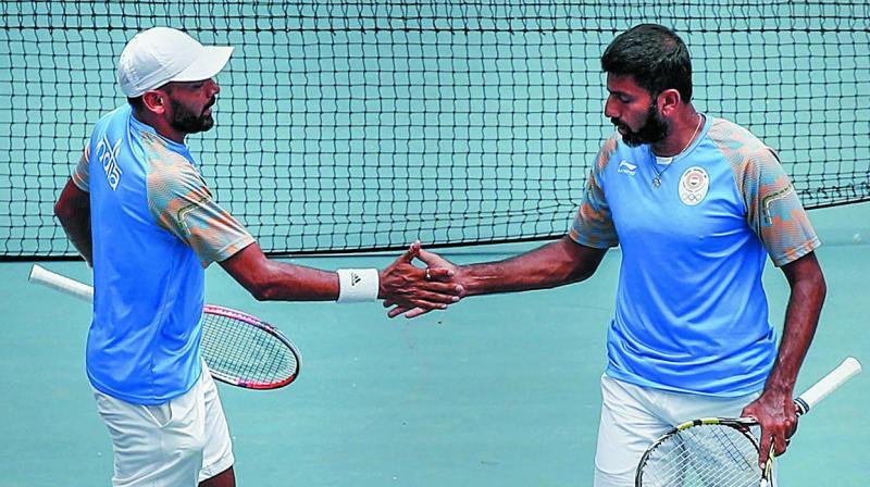 Divij Sharan (left) and Rohan Bopanna. (Photo: AP)
