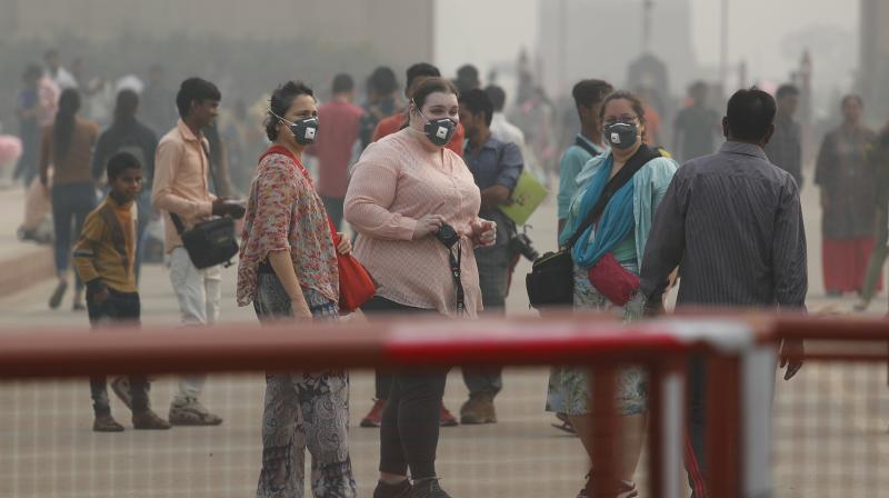 The overall air quality of Delhi and its adjoining regions such as Gurugram, Noida, Ghaziabad and Faridabad remains in the very poor category for the third consecutive day on Sunday. (Photo: File)