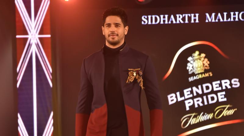 Blenders Pride Fashion Tour, in its 13th edition dazzled the city of Joy. The evening was a spectacular affair with glamorous and inventive designs showcased by ace designers Nikhil Thampi and Shantanu & Nikhil to the eccentric beats presented by Grain ft. Kavya Trehan and Kamakshi Khanna.