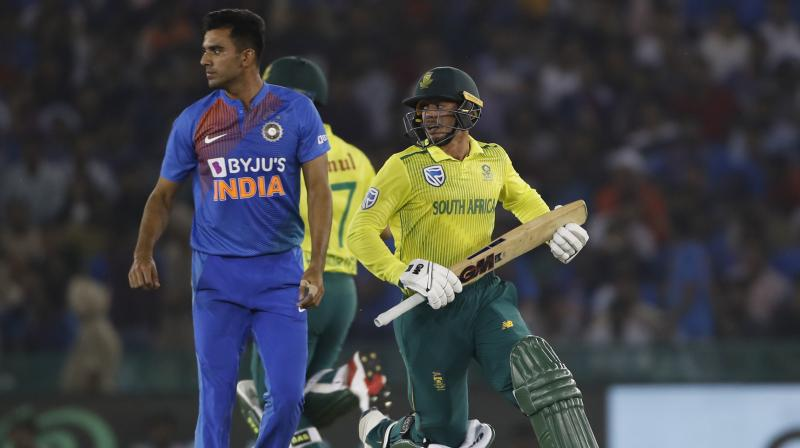 After India's massive victory over South Africa, pacer Deepak Chahar revealed that he finds it easy to bowl death overs. (Photo:AP)