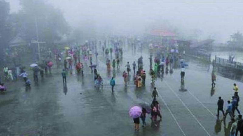 The bulletin also warned of widespread rain ranging from heavy to very heavy rain at isolated places during the next four or five days in Tamil Nadu, Kerala and Lakshadweep.