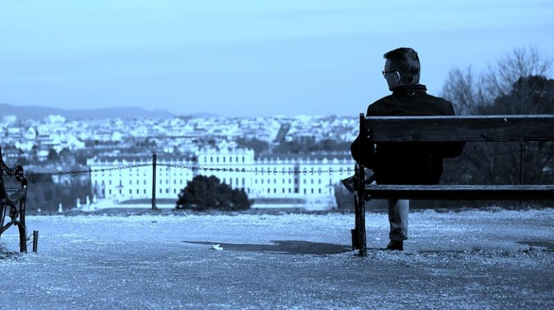 The study found that feeling lonely was a stronger predictor of poor outcomes than living alone.  (Photo: Pixabay)