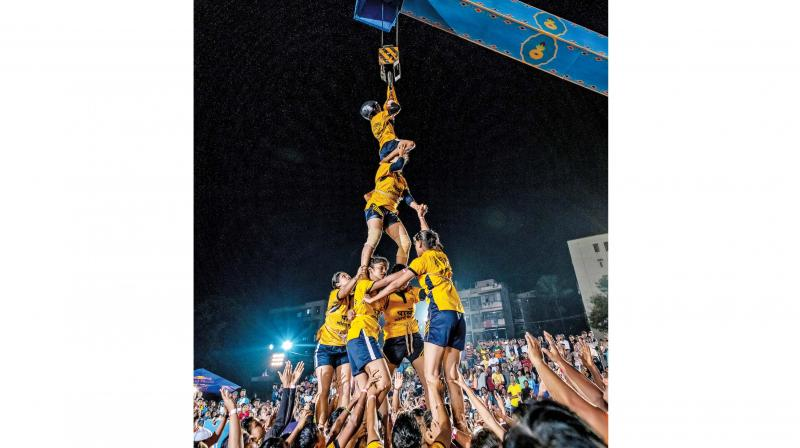 The Red Bull Jod Ke Tod competition, held last week, saw a total of six groups of women forming six-tier pyramids. Of these, the Parle Sports Club Mahila Dahi Handi Group emerged as champions.