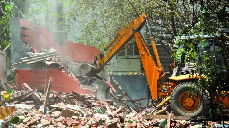 The BMC demolished encroachments in Ghatkopar.
