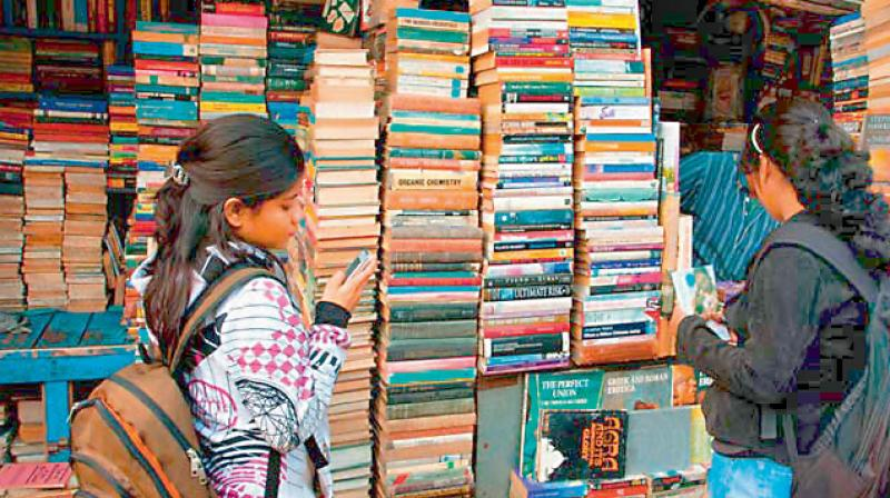 A lively debate has begun in the media on the issue of changes made in the history textbooks of schools in Rajasthan and now in Maharashtra.