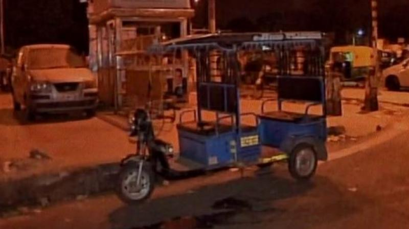 An e-rickshaw driver was allegedly beaten to death on Saturday in GTB Nagar after he prevented two students from urinating near Metro station. (Photo: ANI/Twitter)