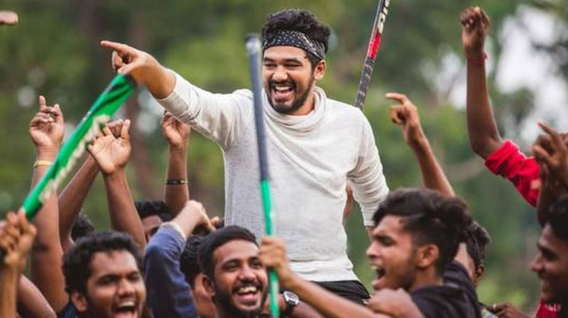 A still from Natpe Thunai.