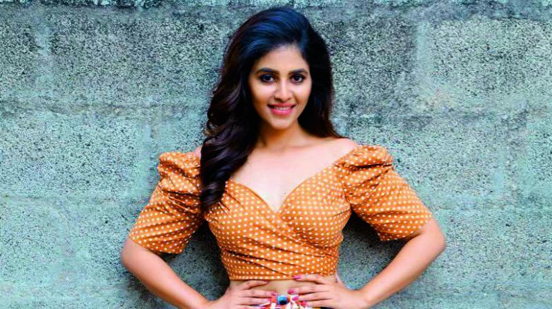 The quest for a leading lady in Balakrishna's upcoming film, under director Boyapati Srinu, is finally over! The director has roped in Anjali for the role.