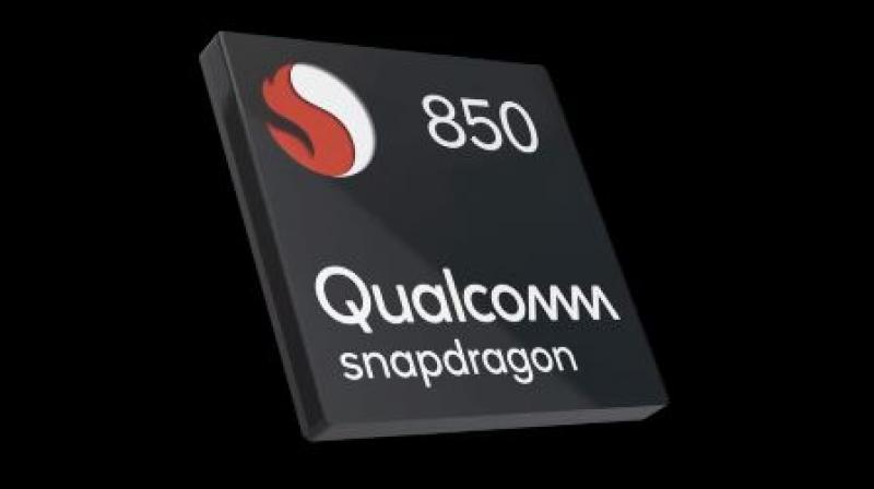 The Snapdragon 850 Mobile Compute Platform is designed to support many sought-after smartphone features in the PC and to stay connected to LTE or Wi-Fi so users can receive notifications and have their data virtually always synced on the go.