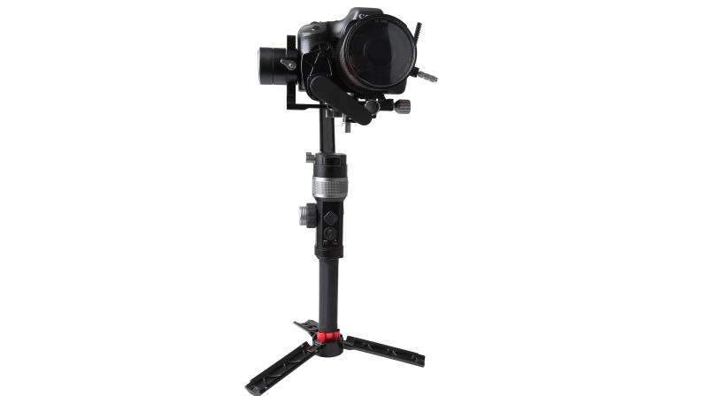 The AFI Phoenix D3 Gimbal with its 3 axes i.e. roll, pitch and pan and the gyro driving technology enables steady, coordinated and sensitive video shoots.