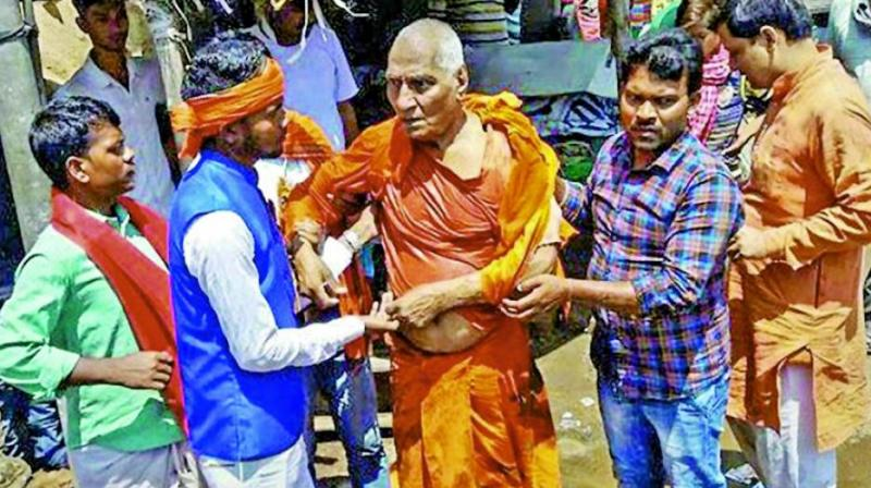 The attack by a mob in Jharkhand on Swami Agnivesh, Arya Samaj scholar, battler against bonded labour and activist for tribal welfare, ironically came on the same day that the top court was calling for the most stringent action against mob justice and lynching.