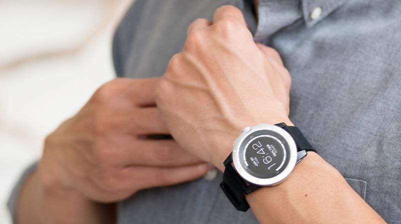 According to the latest estimates by market researcher IDC, smartwatches are set to dominate nearly half of the entire wearables market by 2022.