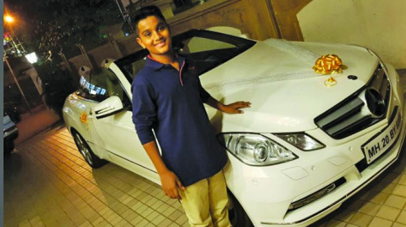 Ram Kadam just didn't gift his son  the car, but also posted a picture on Twitter, which attracted a lot of traction.