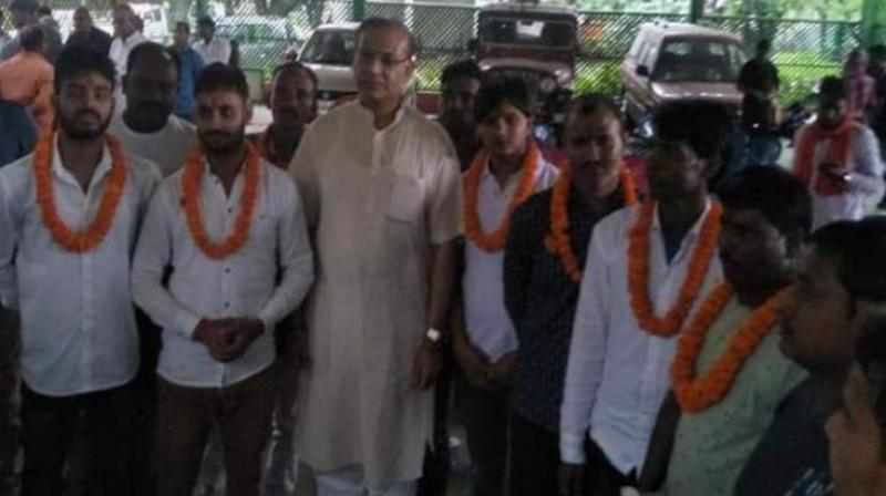 On July 6, a photograph went viral in which Jayant Sinha was seen garlanding eight convicts out on bail in a lynching and murder case. (Photo: File)