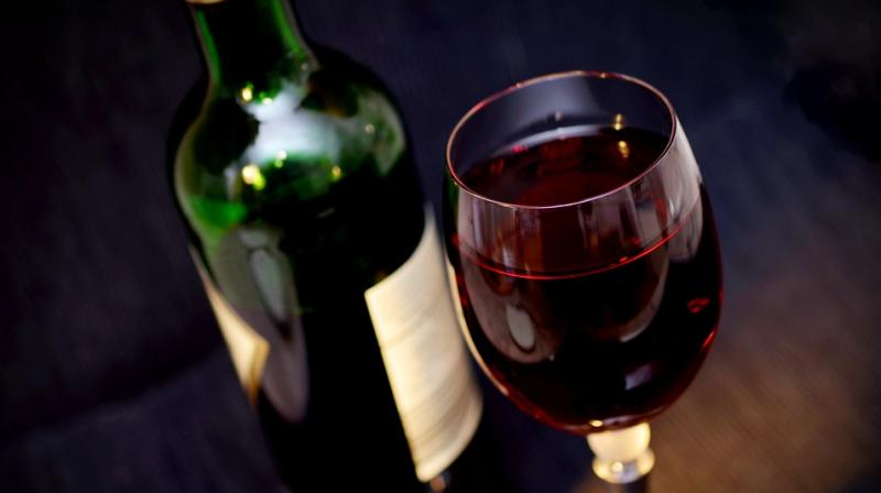 Nutritionist explains six ways to stay fit and drink alcohol. (Photo: Pixabay)