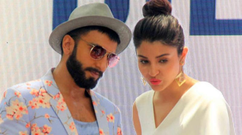 Ranveer Singh and Anushka Sharma last worked together in 'Dil Dhadakne Do.'