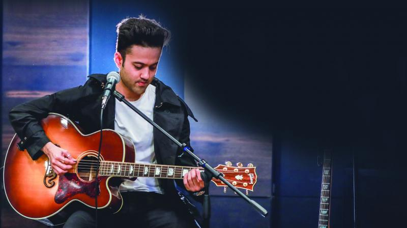 Aaryan, whose song landed on Youtube a few days ago and went viral instantly, is no exception to the rule. In an open chat, the music enthusiast speaks of his journey and more.