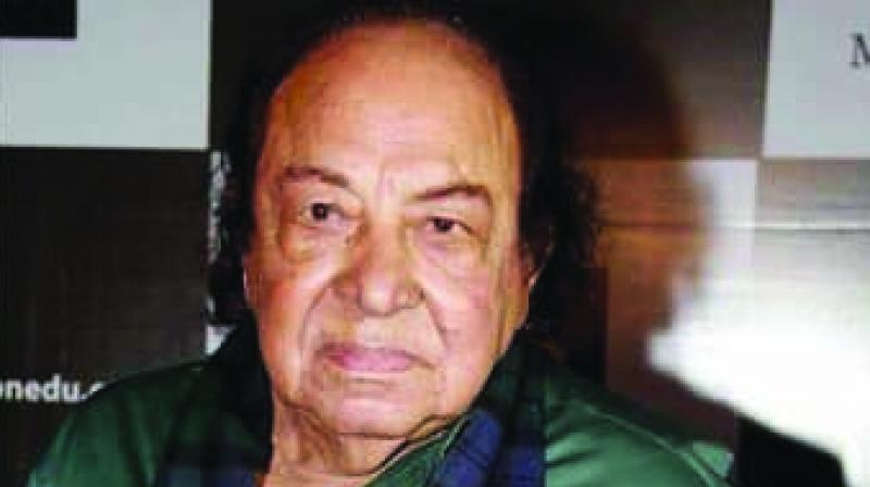 Roshan Taneja, the acting guru who had tutored dozens of shishyas in Bollywood during the last five decades, passed away on Friday after being diagnosed with pancreatic cancer.