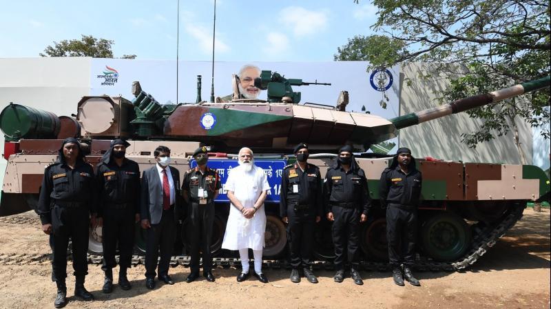 Prime Minister Narendra Modi handed over the Arjun Main Battle Tank Mk-1A to the Indian Army (Twitter@narendramodi)