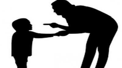 Derisive behaviour by parents can be cause of their bullying others