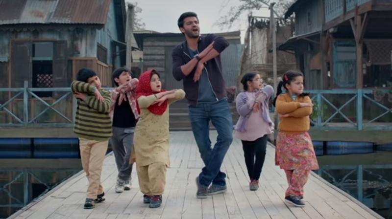Screengrab of Notebook's song Bumro featuring Zaheer Iqbal. (Courtesy: YouTube/ T-Series)