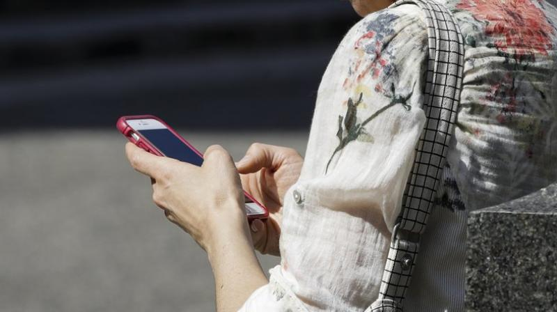 Cellphone Distraction Linked To Increase In Head Injuries