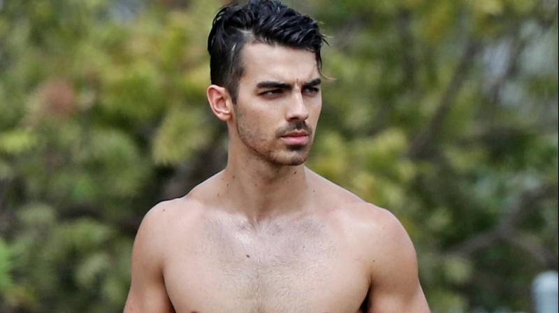 Joe Jonas Steps Out With Rumoured Girlfriend Sophie Turner In Nyc