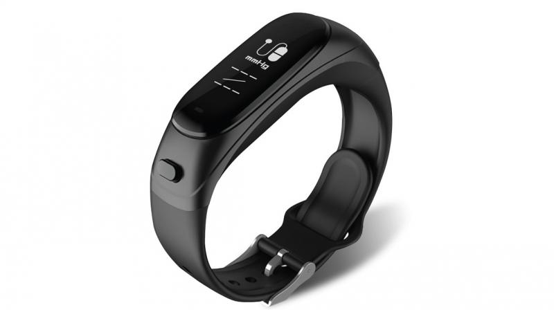 A fitness band with impressive features.