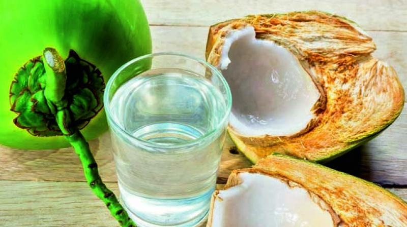 Rich in Vitamin C, coconut water helps to reduce sun burn to a great degree.