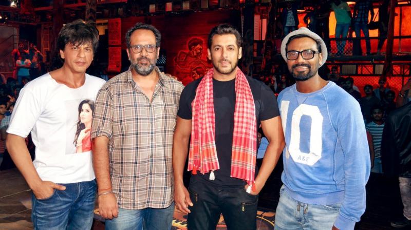 Shah Rukh Khan, Aanand L Rai, Salman Khan and Remo D'Souza on Zero's Issaqbaazi sets.
