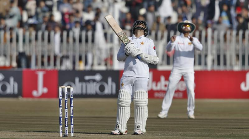 Sri Lanka removed opener Shan Masood as Pakistan reached 54-1 at lunch on the fifth and final day in Rawalpindi on Sunday, first Test in the country since 2009 attacks. (Photo:AP)
