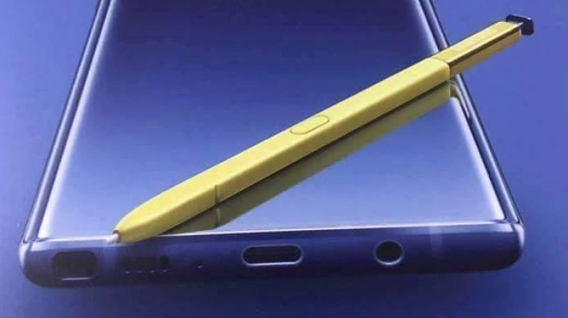 The bottom retains the S Pen housing, a USB-C port, a 3.5mm headphone jack, a microphone and a loudspeaker.