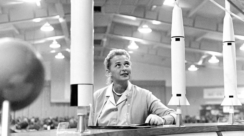 Jerrie Cobb, one of the world's first female astronaut candidate, with a display of rockets in Tulsa, Oklahoma. (Photo: AP)