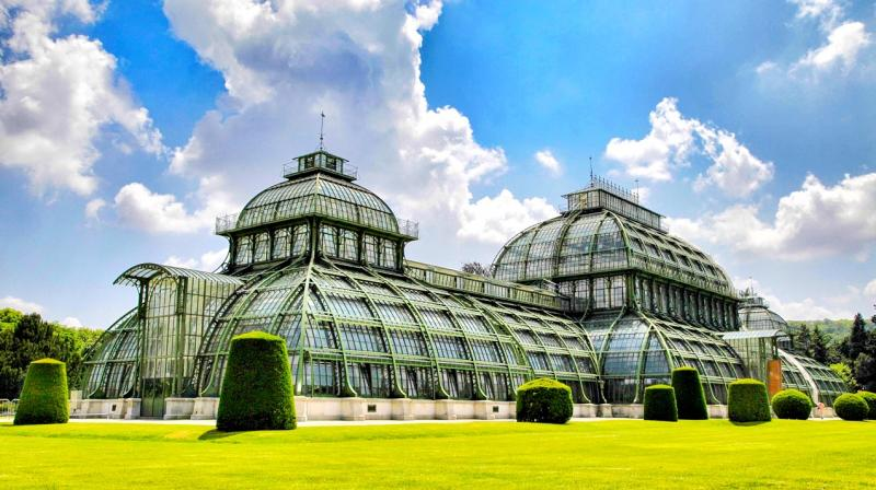 Large greenhouses in the gardens of Schönbrunn Palace, which is one of the most important architectural, cultural and historical monuments in Austria. (Photo: Pixabay)
