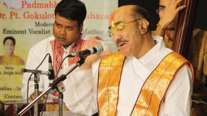Pandit Gokulotsav Maharaj