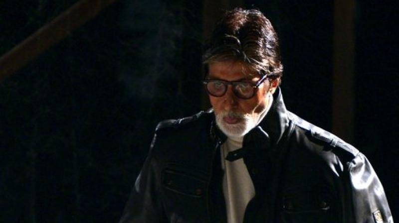 Amitabh Bachchan on the sets of 'Sarkar 3.'