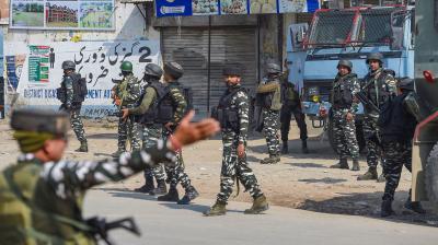 Two more target killings in J&K; LeT cadre, 4 others shot dead