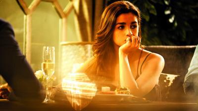 A still from the movie Dear Zindagi