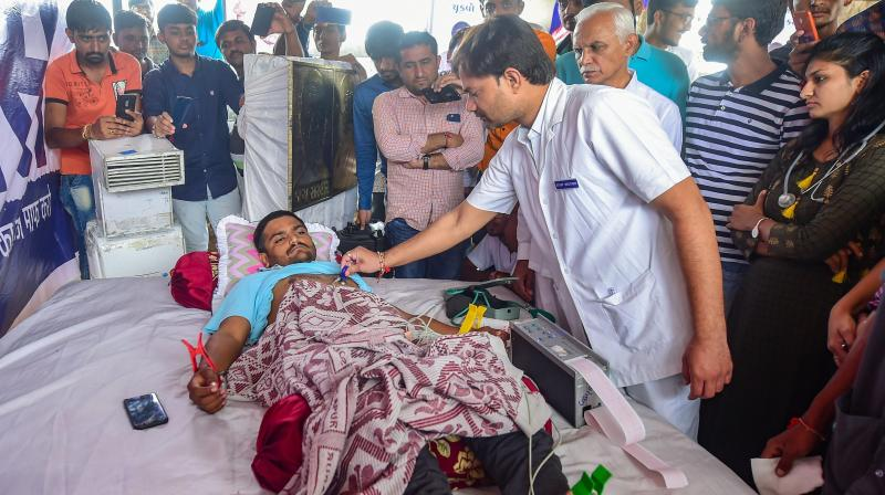 Hardik went on the indefinite fast on August 25 demanding reservations in government jobs and education for the Patidar community and waiver of farm loans. (Photo: PTI)