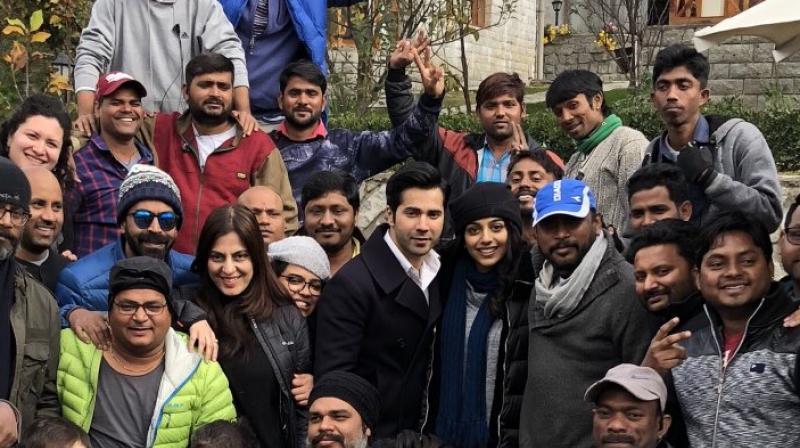 Varun Dhawan, Banita Sandhu and Shoojit Sircar along with the cast and crew.