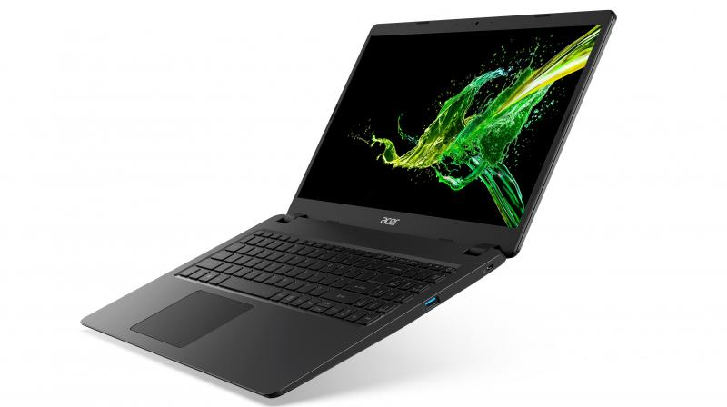 The Acer Aspire 7 delivers unmatched visual clarity on its 15.6-inch narrow border IPS Full HD display.