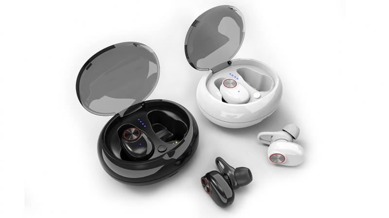 These wireless earbuds by Gizmore boast a range up to 10 meters and have Bluetooth 5.0 version.