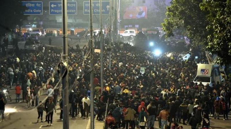 Police used batons and teargas shells to disperse the violent mob, but denied firing at them. (Photo: PTI)