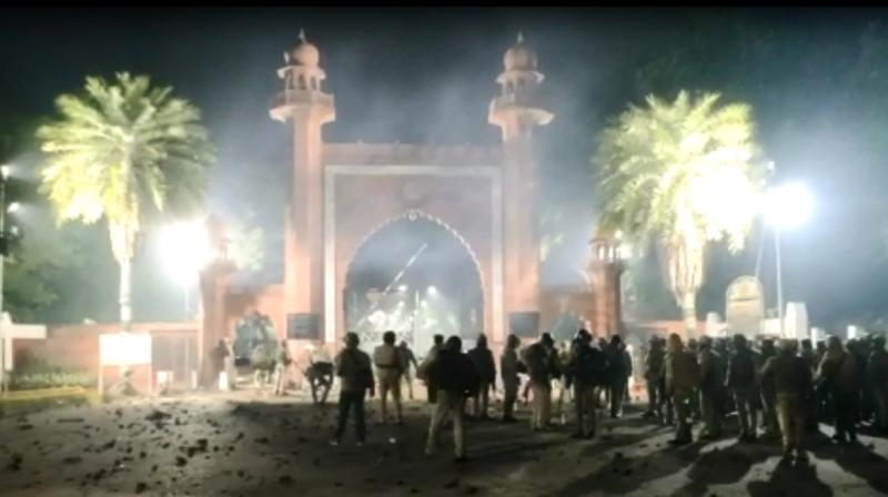 The clashes at AMU started after an agitation by Delhi's Jamia Millia Islamia students against the legislation turned violent and police used batons and tear gas to disperse them. (Photo: Screengrab)