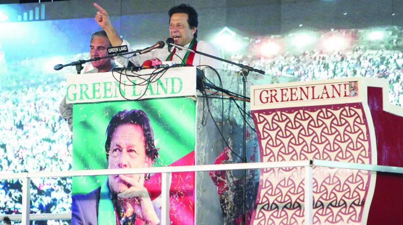 Pakistan Tehreek-e-Insaf chief Imran Khan (Photo: AP)