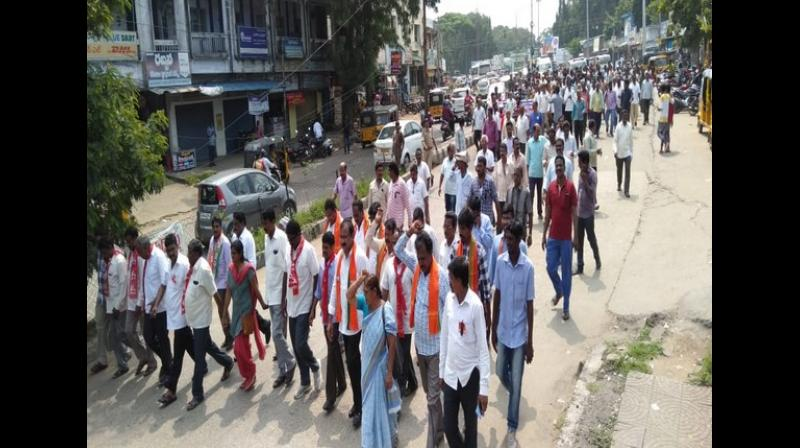 Several leaders of the striking TSRTC employees' unions and opposition parties were among the over 5,000 people taken into preventive custody across Telangana on Saturday ahead of their proposed protest march, highlighting their demands. (Photo: File)