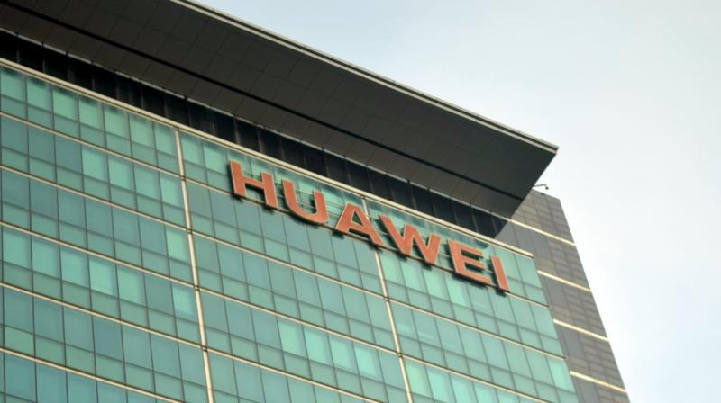 The audio is also enhanced with Huawei's proprietary audio solution: Huawei Histen.