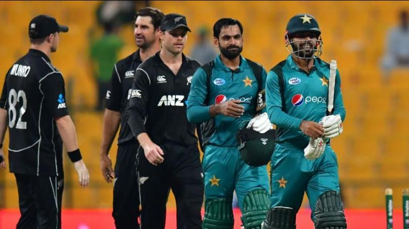 Sarfaraz Ahmed and his men will now not only have to win the remaining three matches, starting with New Zealand, but also hope that the results in other matches favour them to salvage any hopes of a semifinal berth. (Photo:AFP)