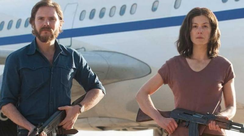 '7 Days in Entebbe' was premiered at the 68th Berlin International Film Festival.