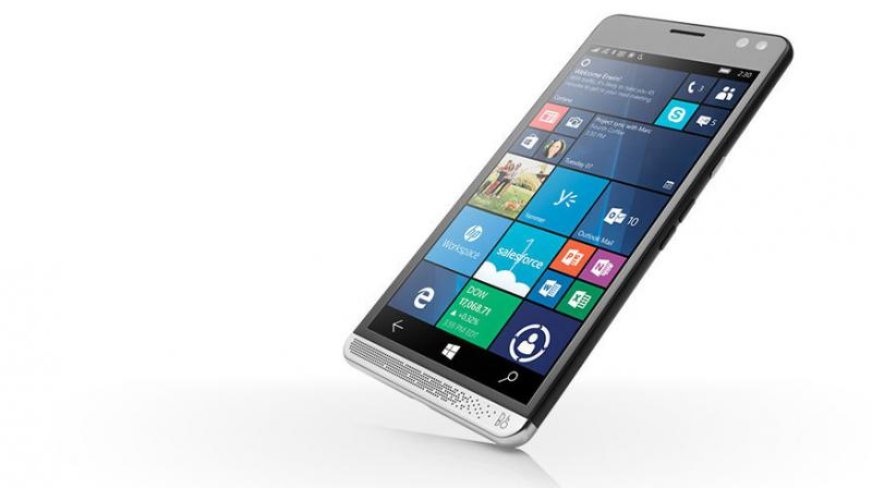 The leaked device follows the typical Lumia design theme from 2015 and was supposed to be shown at Build 2015.